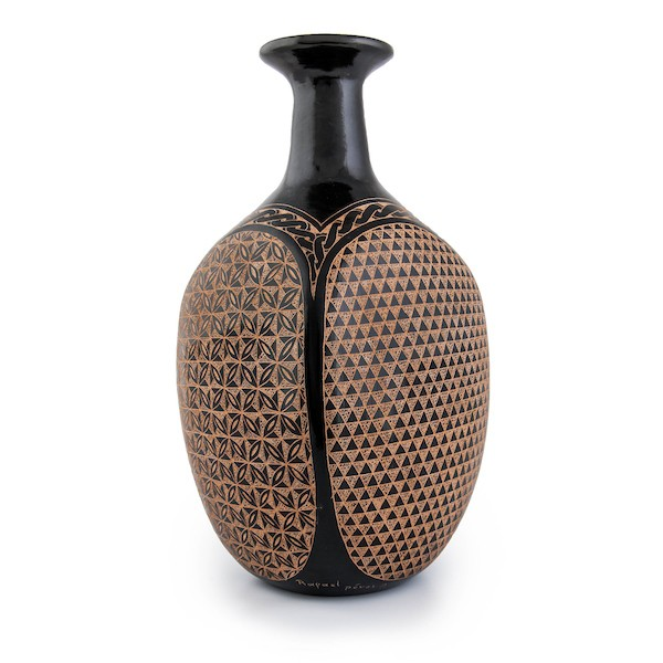 Geometric Incised Vase From Nicaragua